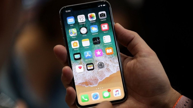 iPhone X, Android'li telefonlardan üç kat fazla kazandırdı!