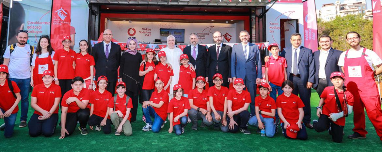 Vodafone'dan kodlama seferberliği