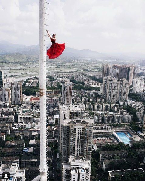 Dünya güzeli Rus bloggerın tehlikeyle dansı - Page 1