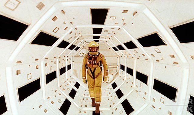 Geleceğin teknolojilerini öngören filmler! - Page 1