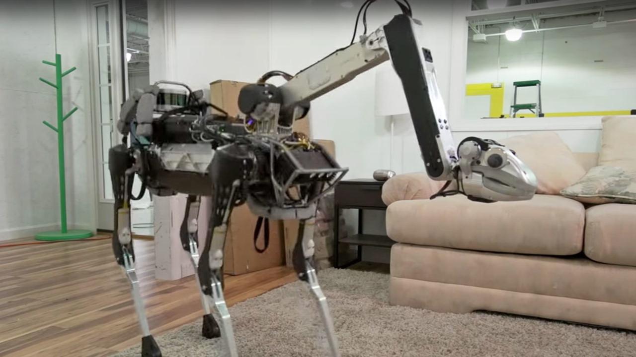 Robot köpek SpotMini satışa çıkarılıyor!