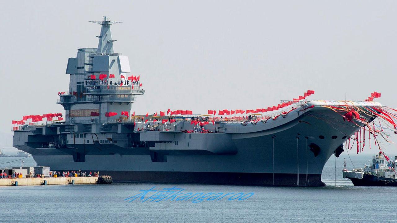 Çin'in ilk yerli uçak gemisi test ediliyor