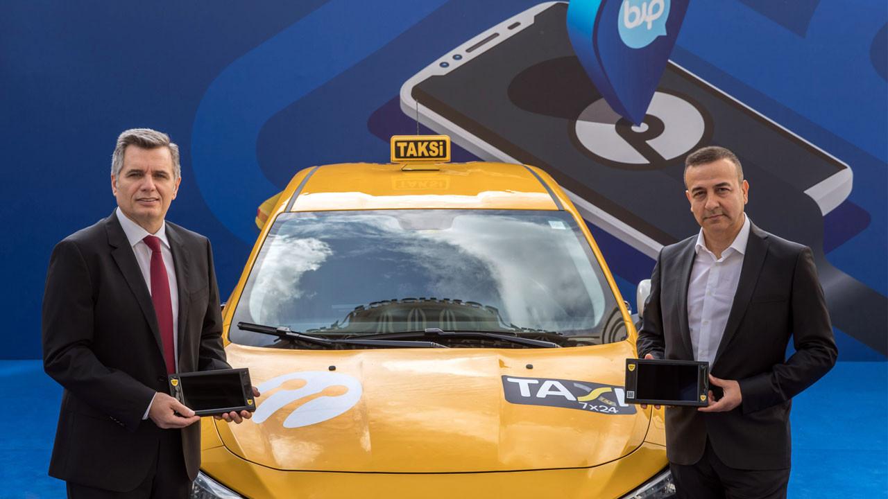 Turkcell Taxi 7x24 ile taksileri dijitalleştiriyor