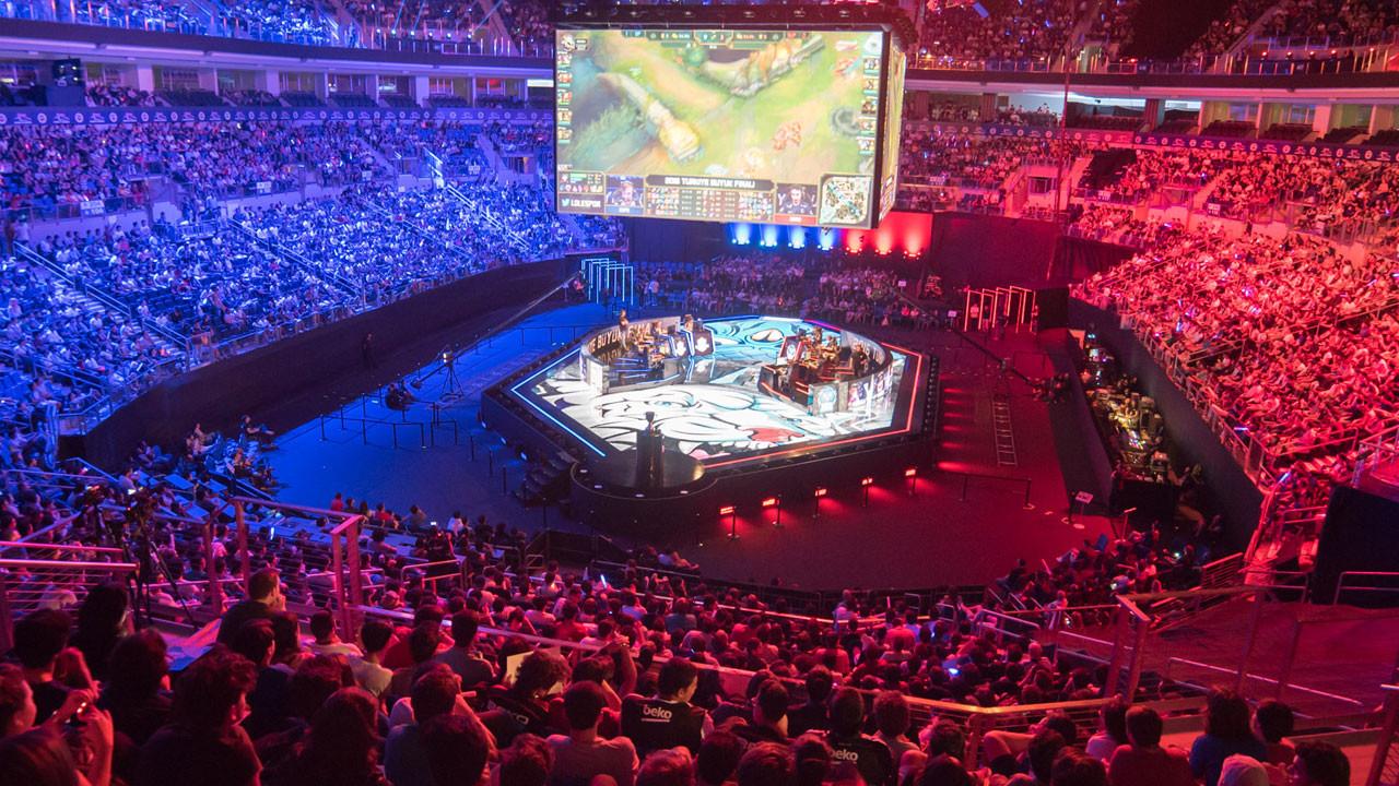 League Of Legends Dünya Şampiyonası'nda rekorlar alt üst oldu!