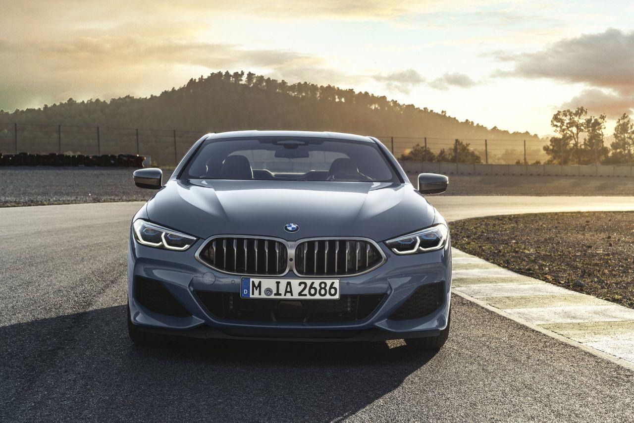 Yeni BMW 8 Serisi Coupe fotoğrafları - Page 1