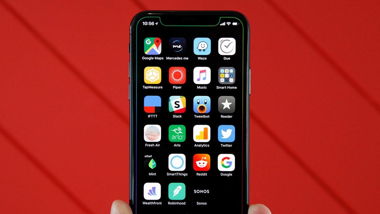 Apple'ın yeni iPhone X'i böyle görünecek!