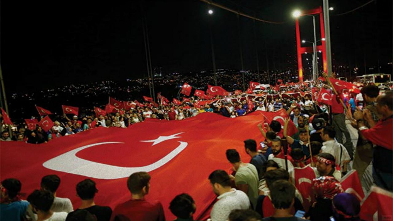 Türk Telekom'dan 15 Temmuz reklamı!