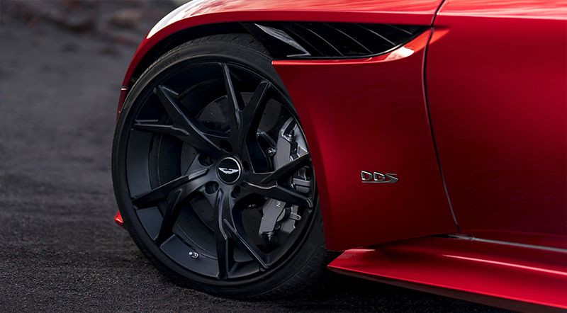 Aston Martin'den yeni asfalt canavarı! - Page 3
