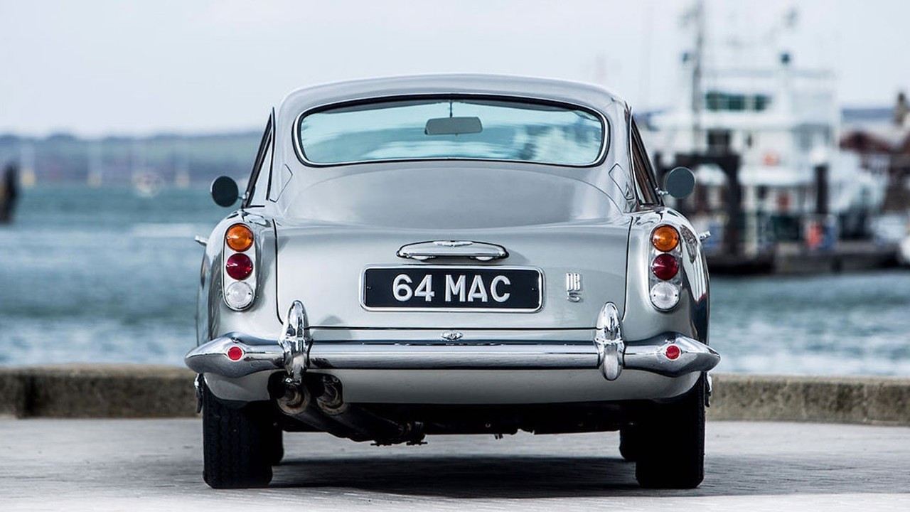 1964 Aston Martin DB5 tekrardan üretiliyor!