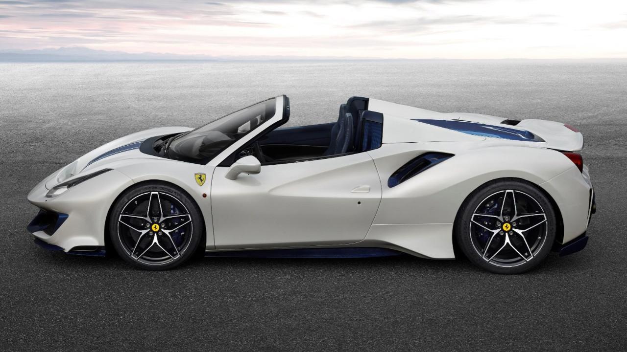 Ferrari 488 Pista Spider aklınızı alacak!