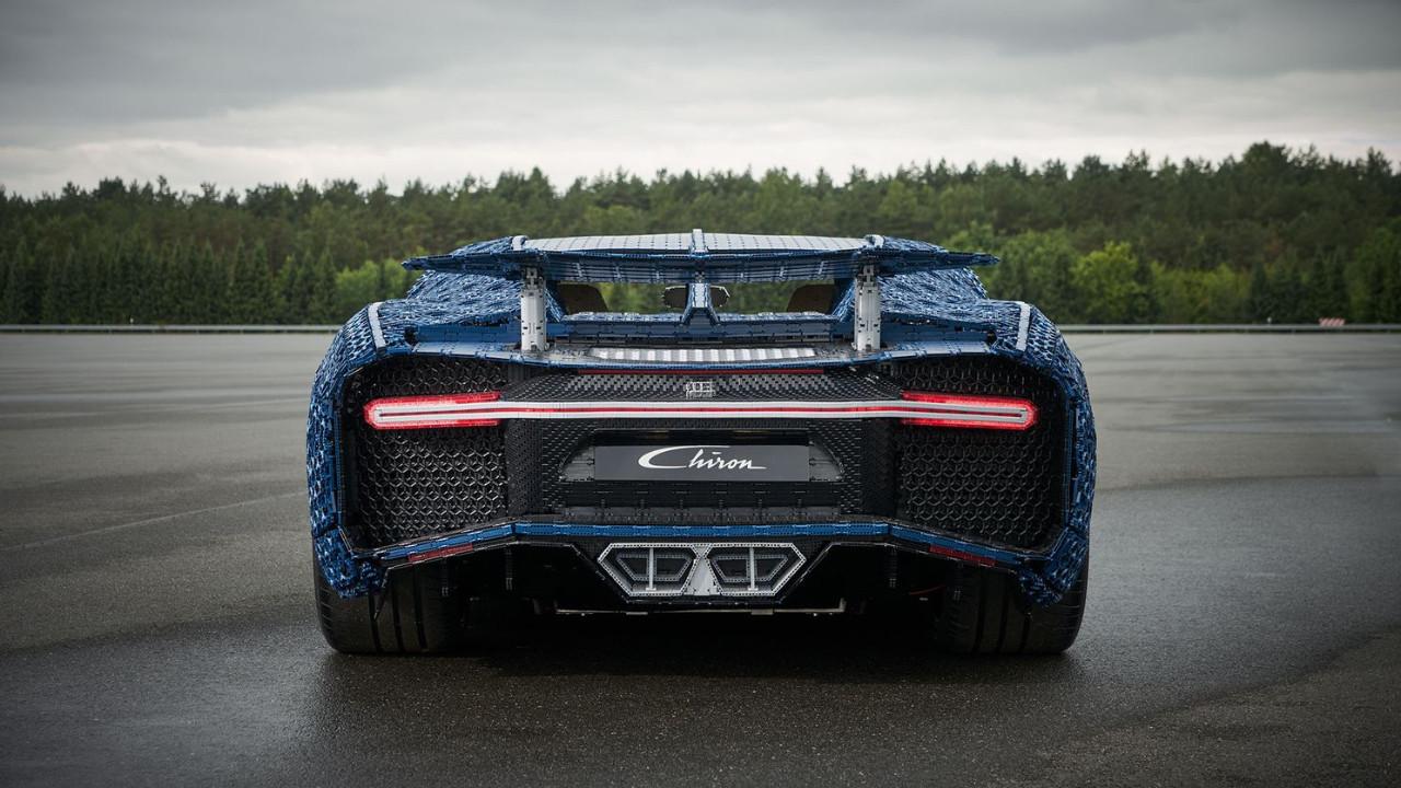 Lego'dan oluşturulmuş Bugatti görenleri şaşırtıyor!