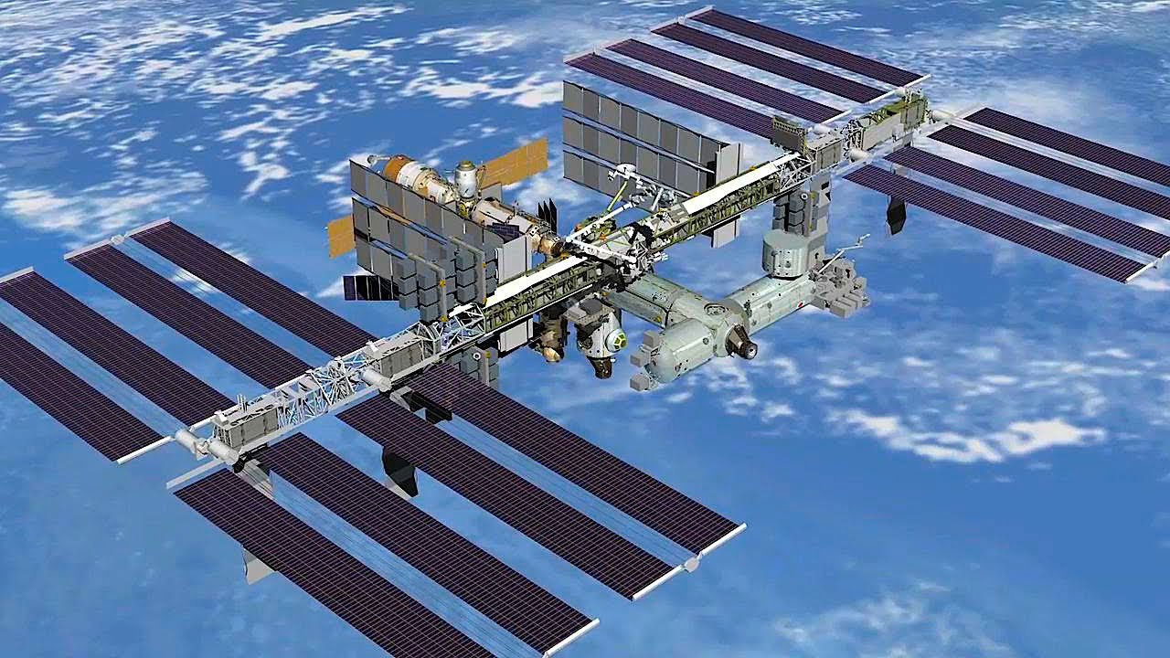 Uzay kapsülündeki delik sabotaj olabilir