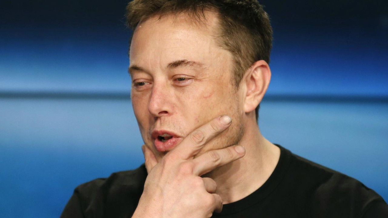 Elon Musk porno filminde mi oynayacak?
