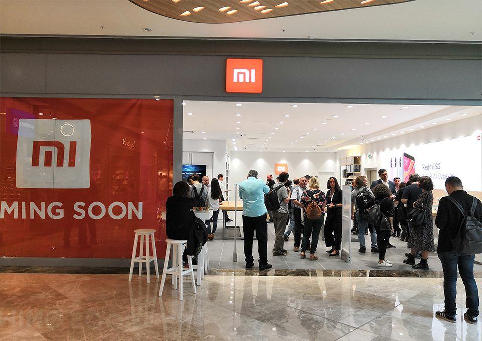 Fotoğraflarla Xiaomi İstanbul mağazası! - Page 1