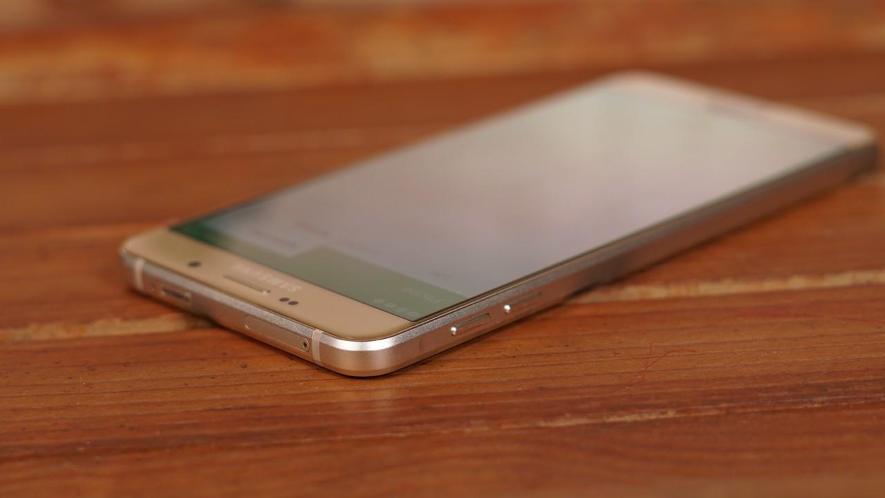 Galaxy A9 teknik özellikleri ile şaşırttı!