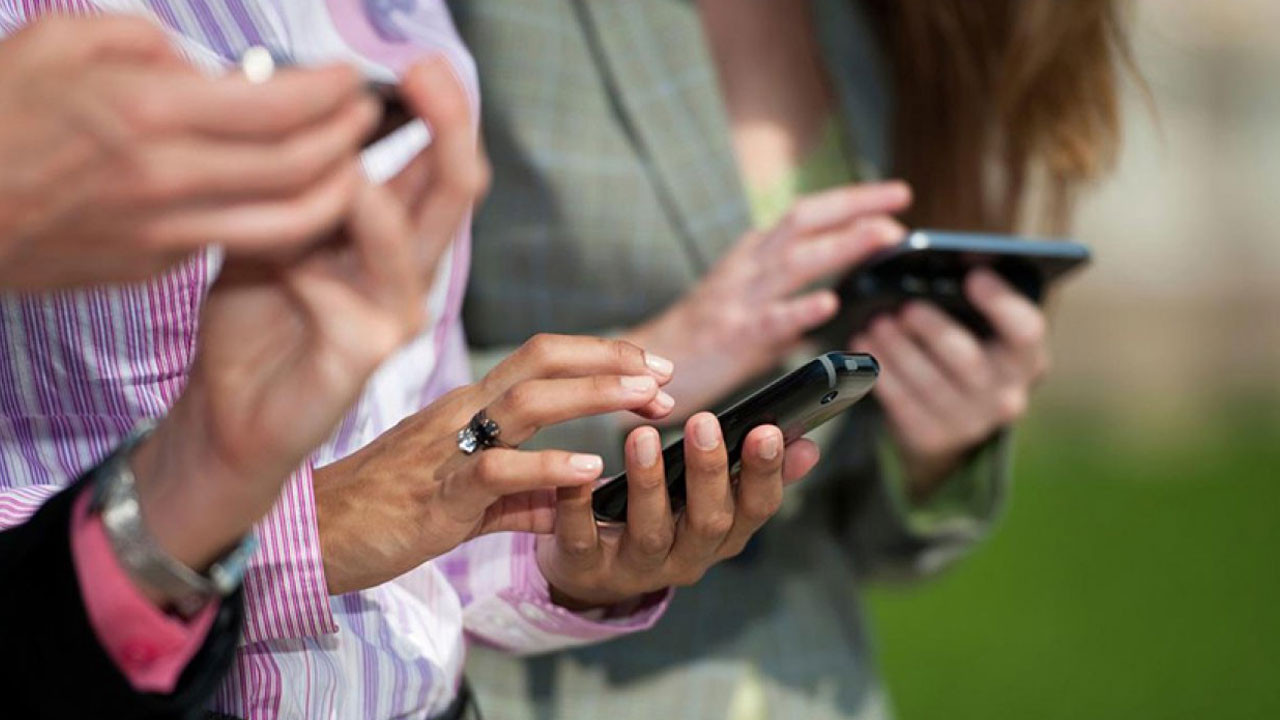 Yurtdışından getirilen telefonların kayıt ücreti arttı