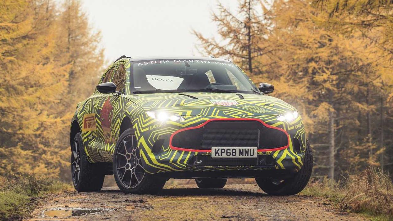 Aston Martin DBX sahneye çıkıyor!