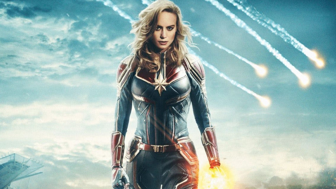 Merakla beklenen Captain Marvel posteri geldi!