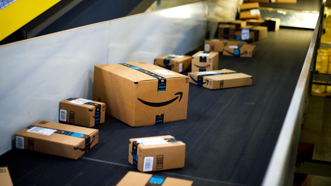 Amazon 24 çalışanı hastanelik etti!