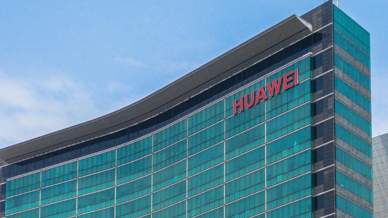 Huawei 2018'de 200 milyon telefon sattı