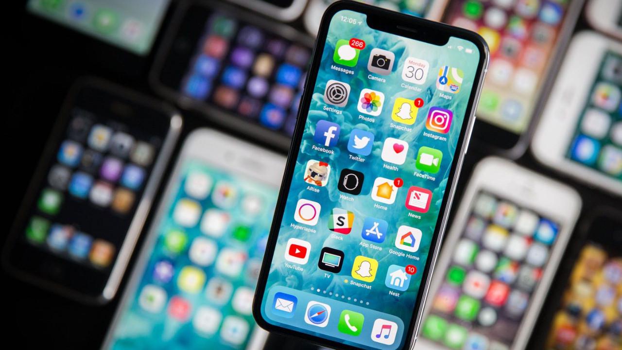 iPhone'larda OLED dönemi!