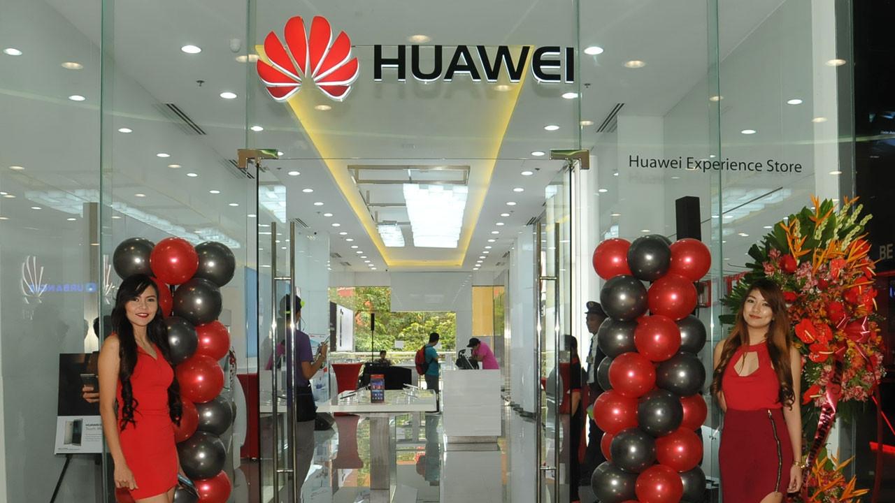 HUAWEI ilk deneyim mağazası sürprizlerle açılıyor