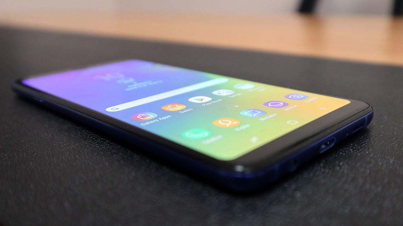 Samsung Galaxy A9 (2018) incelemesi (video) 4