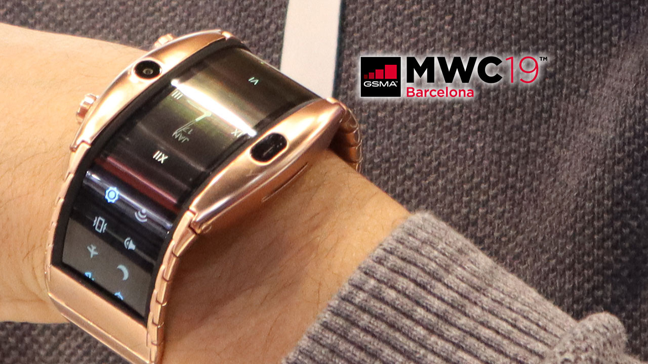 Hem saat hem telefon Nubia Alpha kullandık (video)