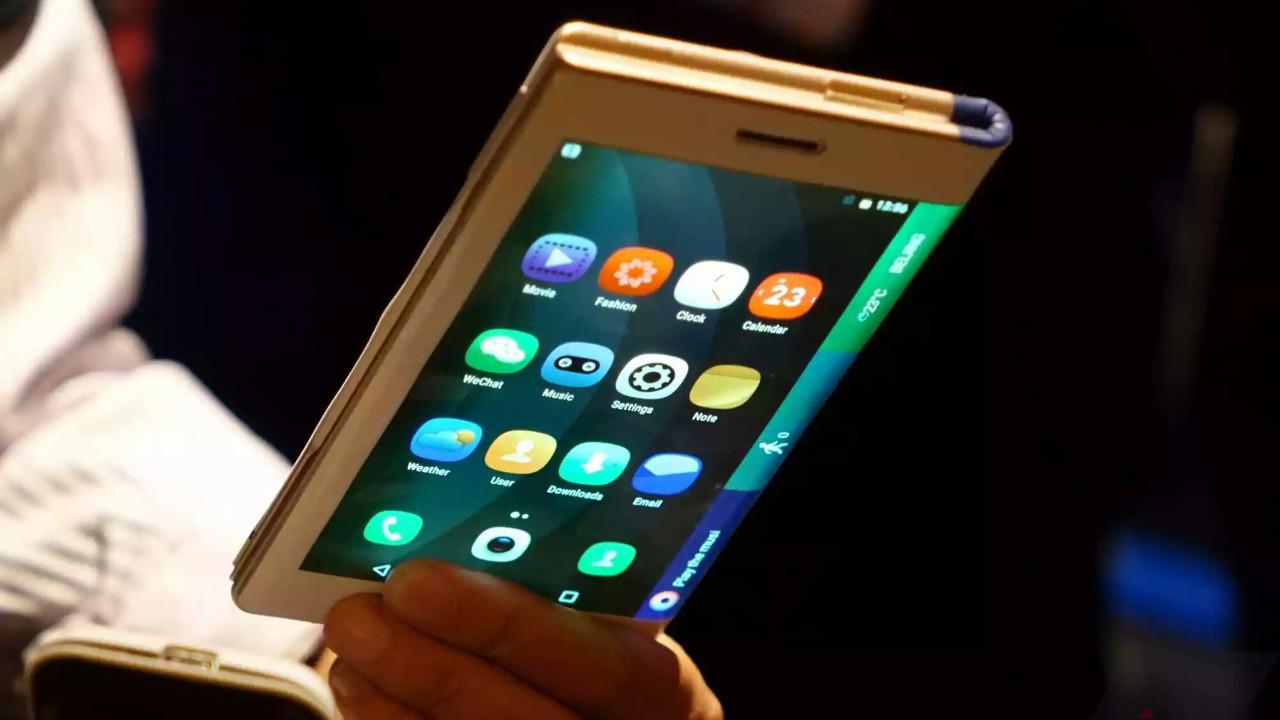 Oppo da katlanabilir telefon geliştiriyor!