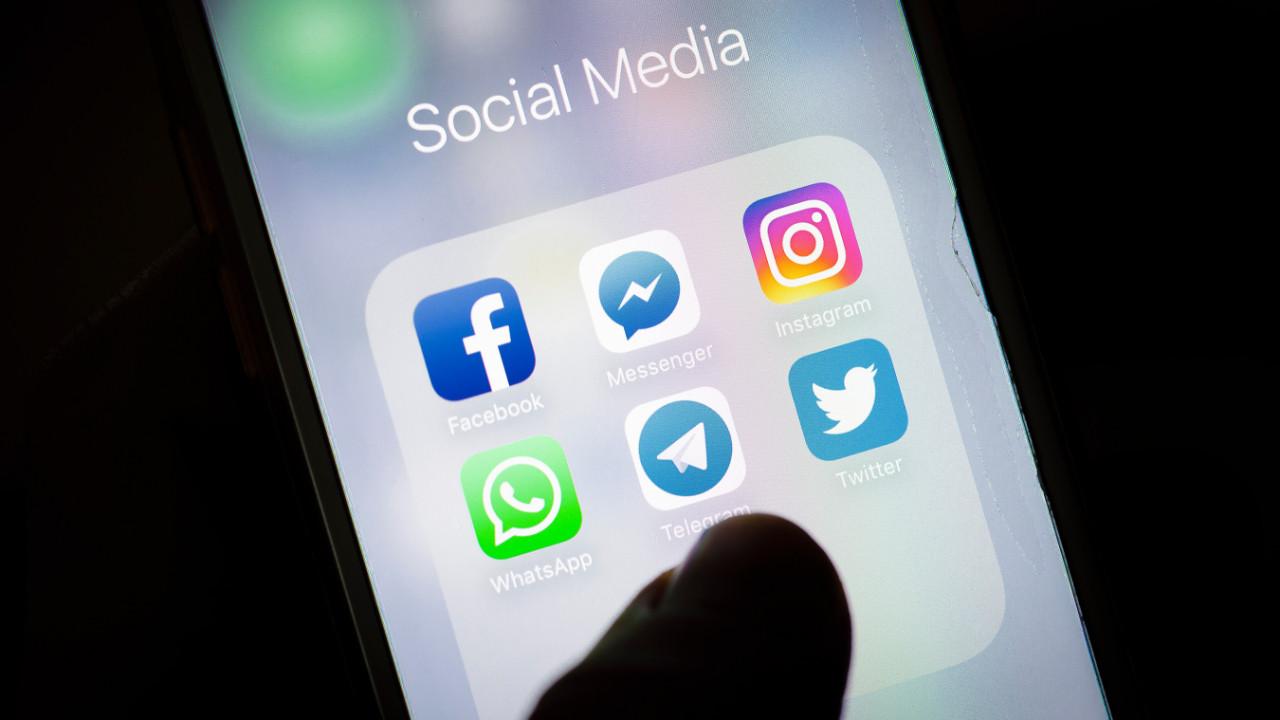 Instagram ve Facebook neden çöktü?
