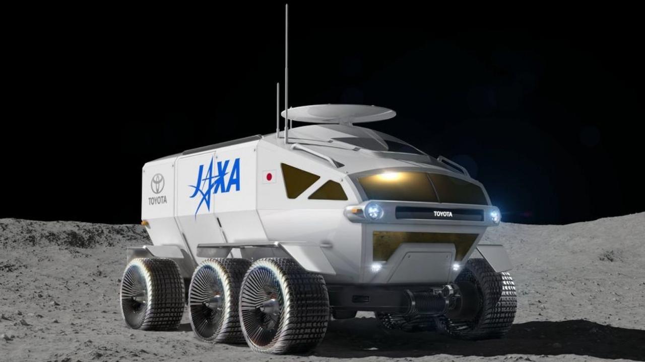 Japonya Ay'da Toyota ile gezecek!