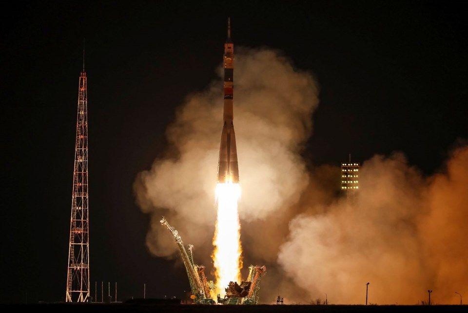 Soyuz MS 12 sonunda yolunu buldu! - Page 1
