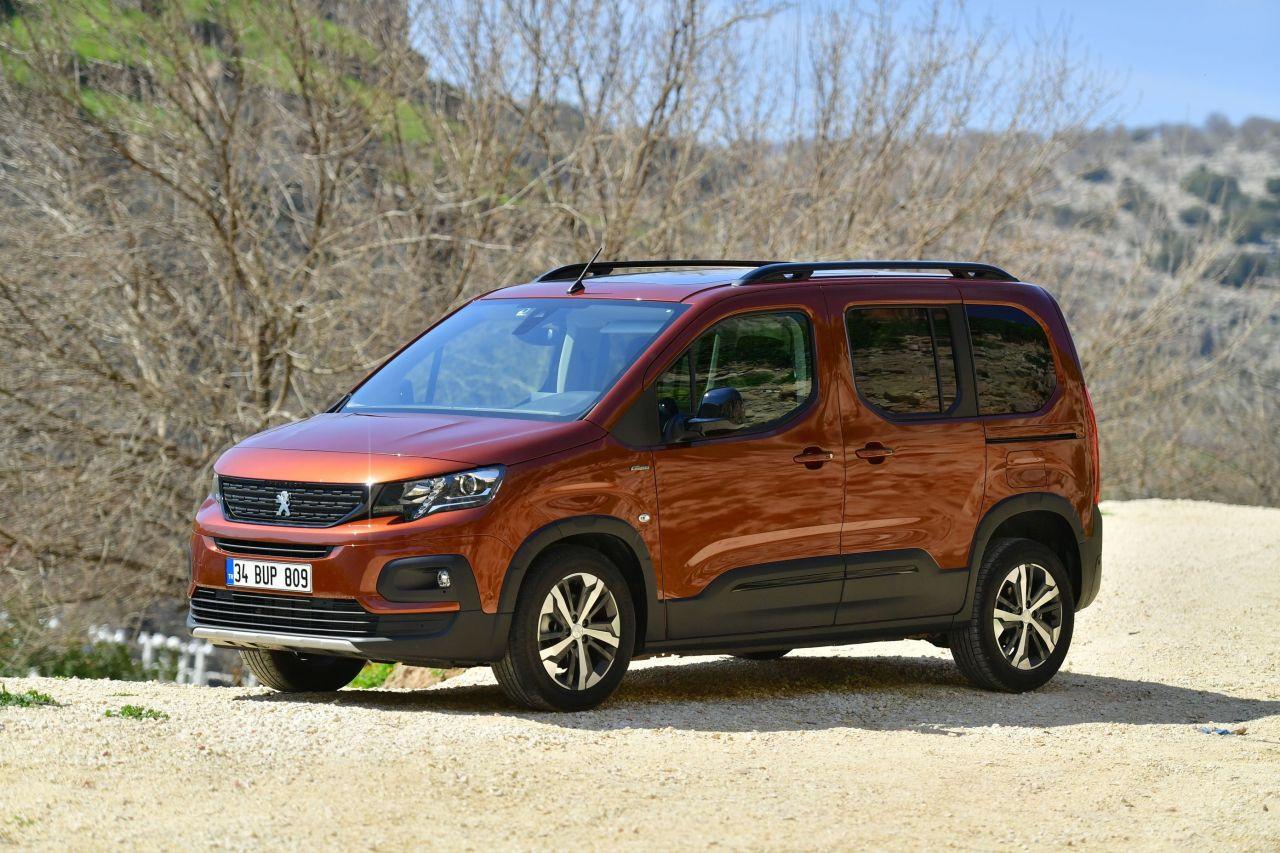Yeni Peugeot RIFTER Türkiye fiyatı belli oldu - Page 1