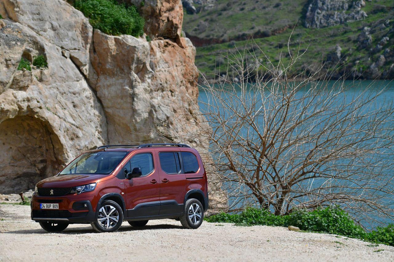 Yeni Peugeot RIFTER Türkiye fiyatı belli oldu - Page 2
