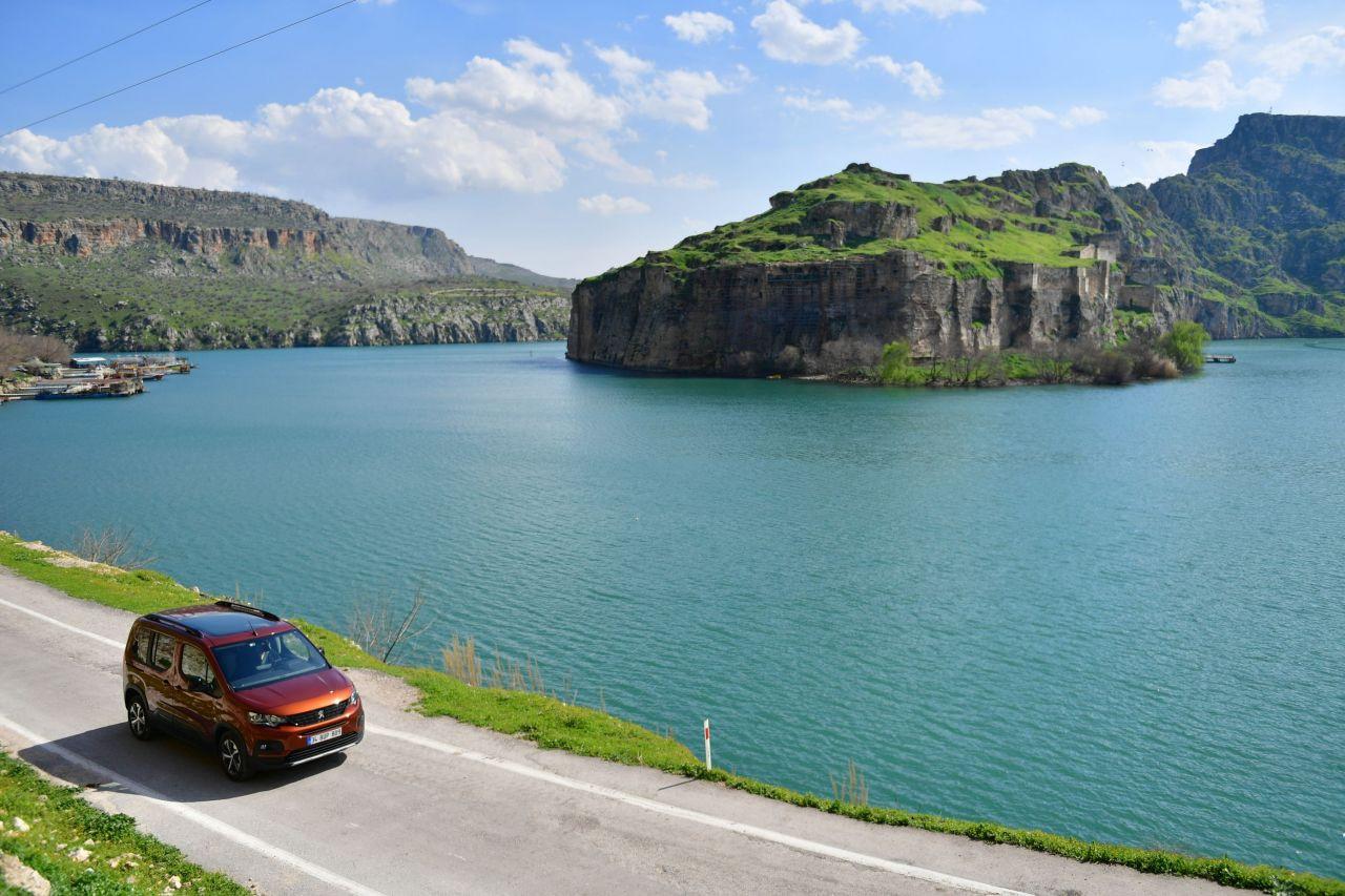 Yeni Peugeot RIFTER Türkiye fiyatı belli oldu - Page 4