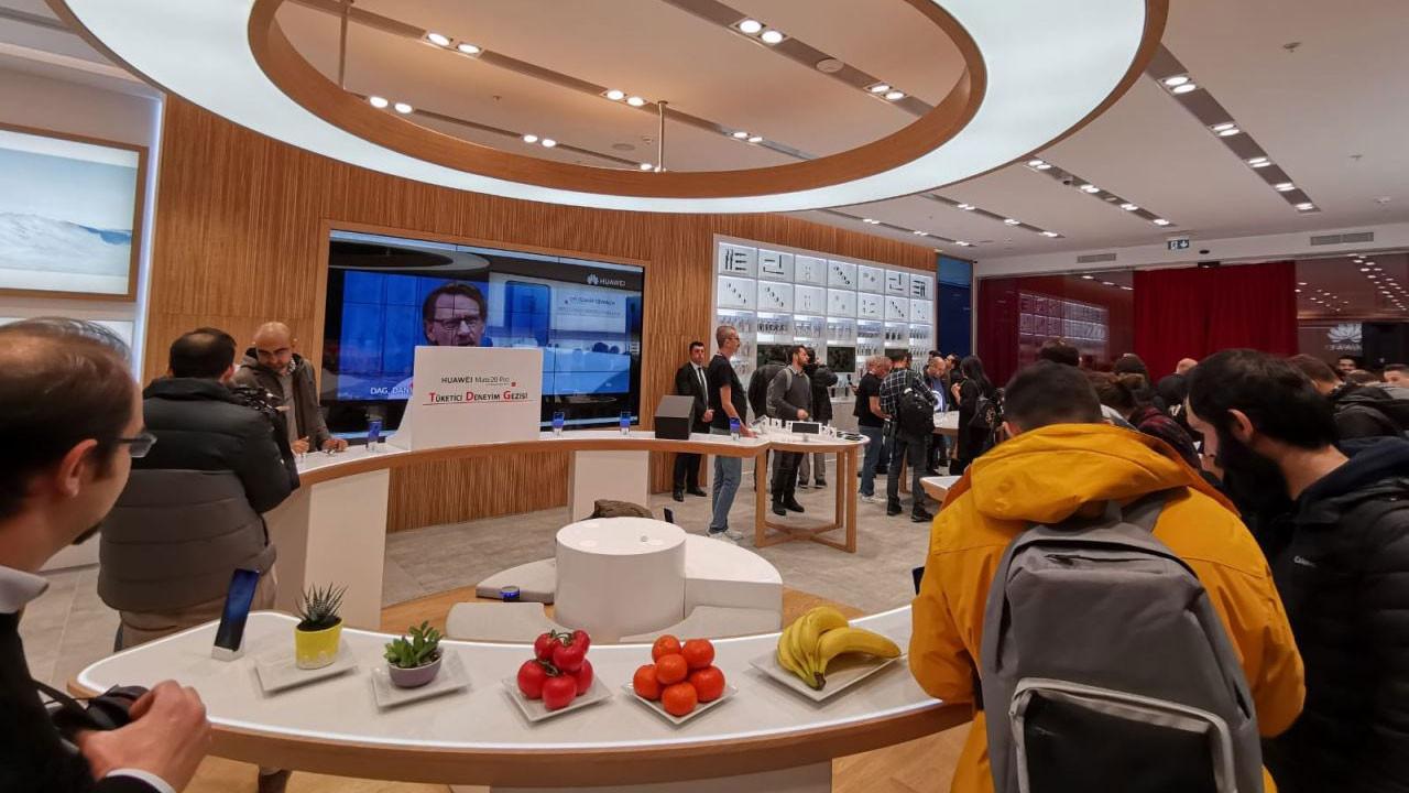 Huawei ikinci mağazasını İstinyePark'ta açıyor