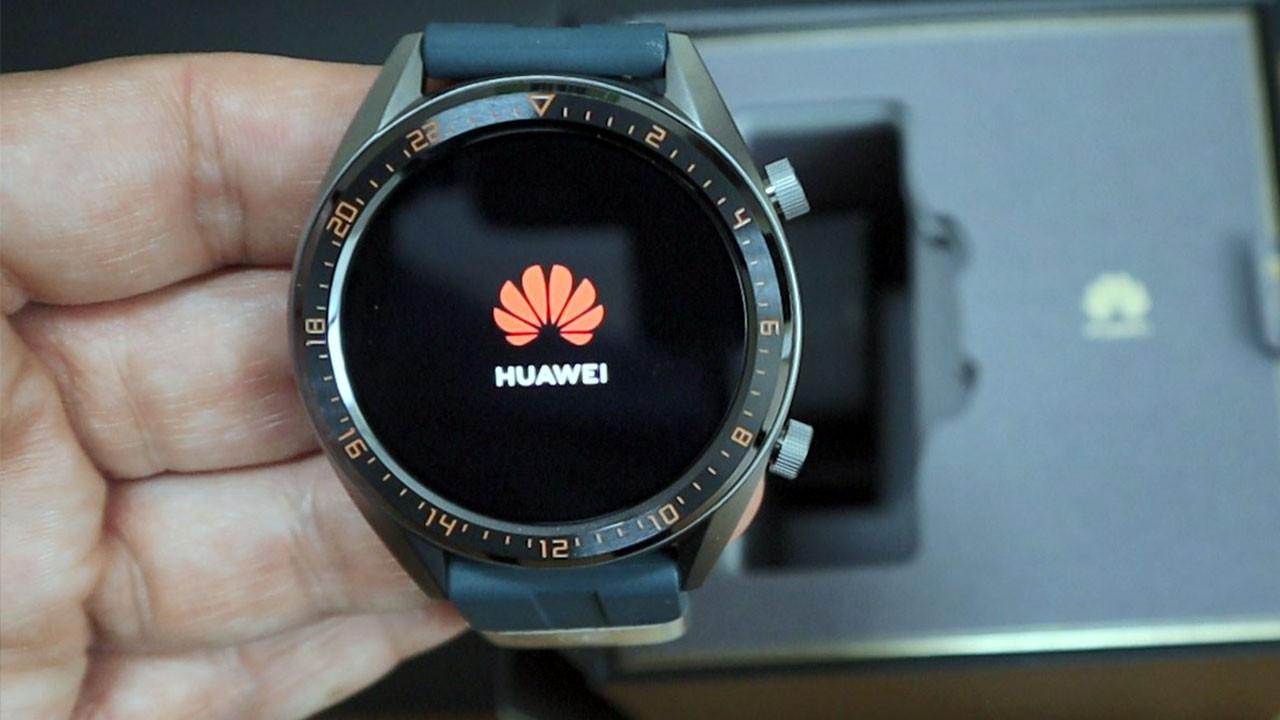 Huawei Watch GT Active kutudan çıkıyor (video)