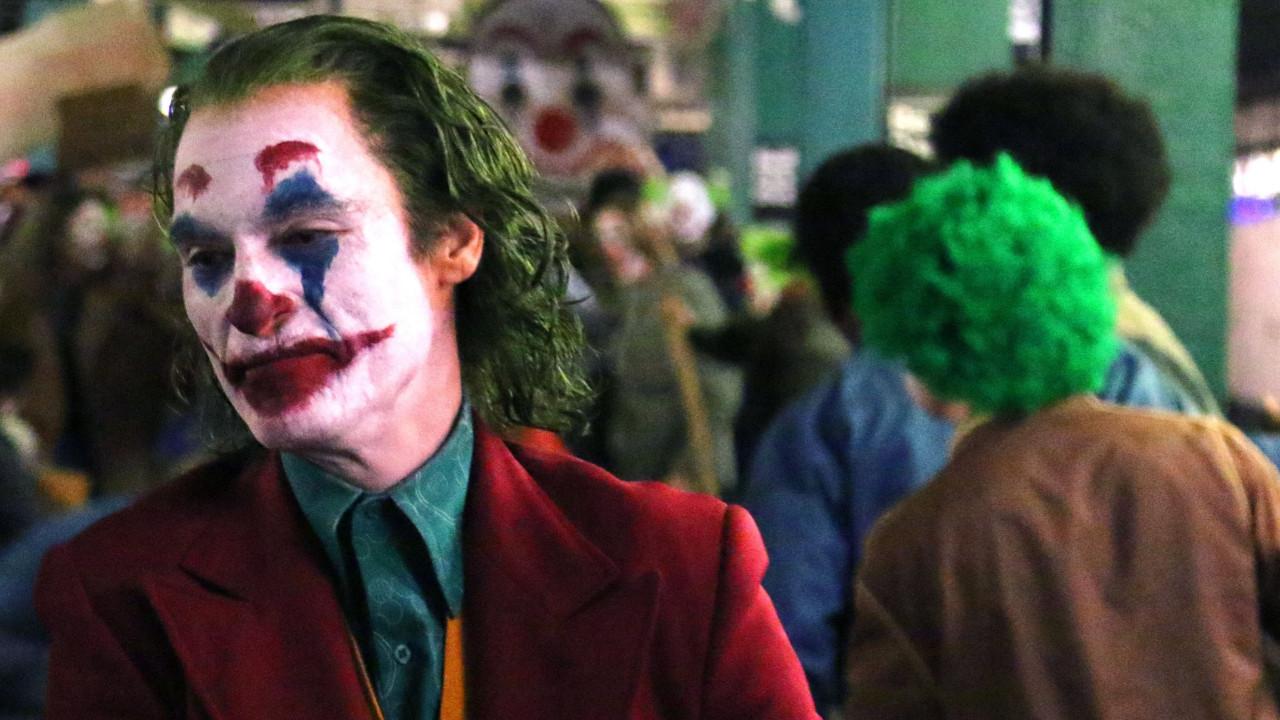 Joker filminden duygu yüklü fragman!