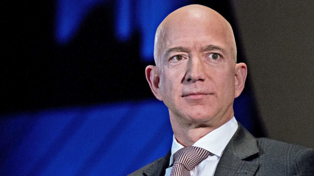 Jeff Bezos sonunda muradına erdi!