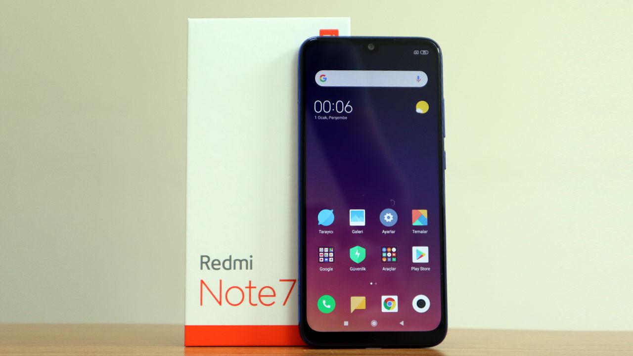Redmi Note 7 kutudan çıkıyor (video)