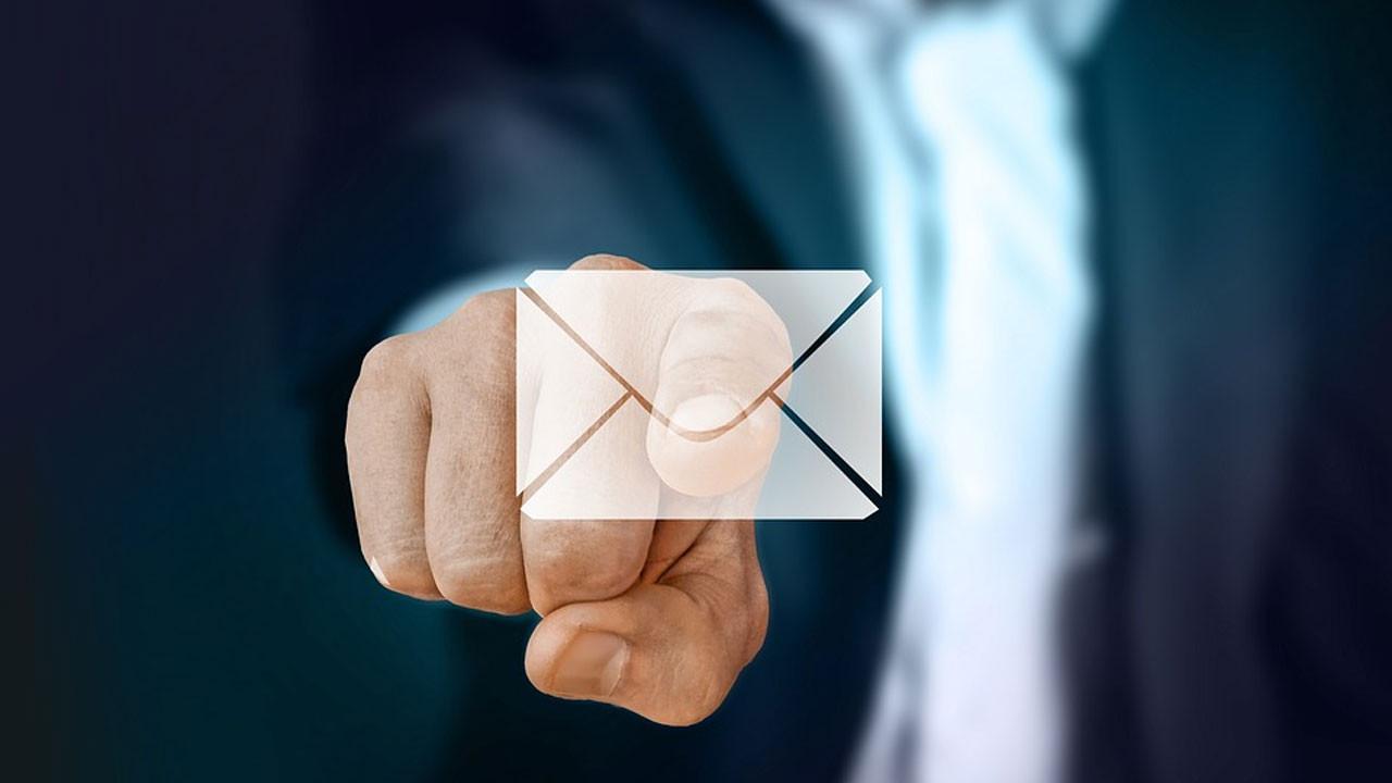 Pazarlamanın yeni kanalı: E-posta imzası yönetimi