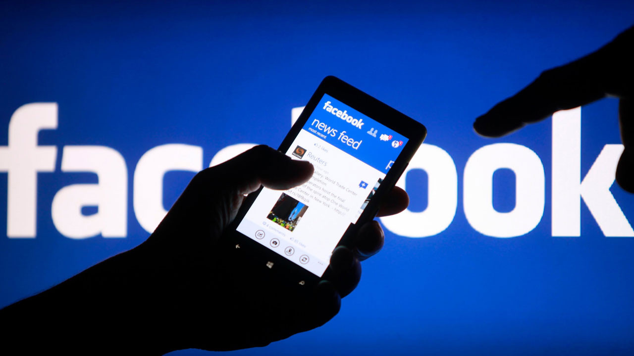 Facebook aşırılık yanlısı hesapları kapatıyor