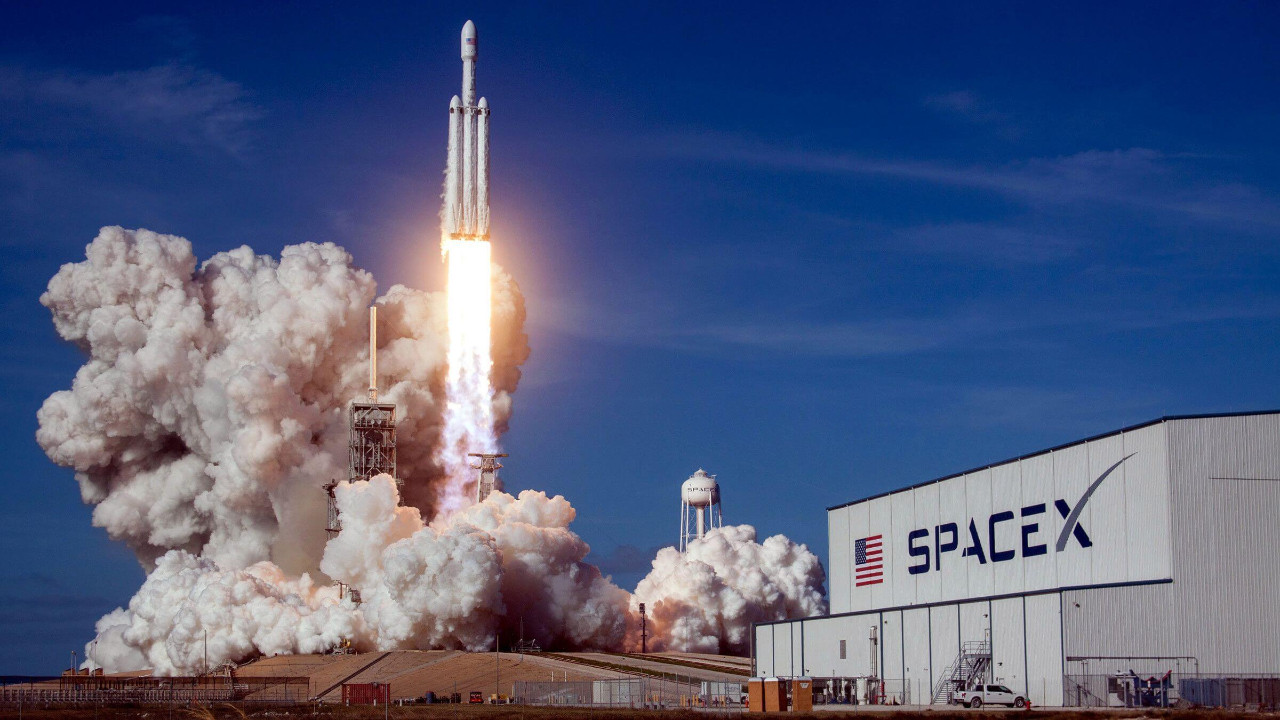 SpaceX mekiği alevler içerisinde kaldı!