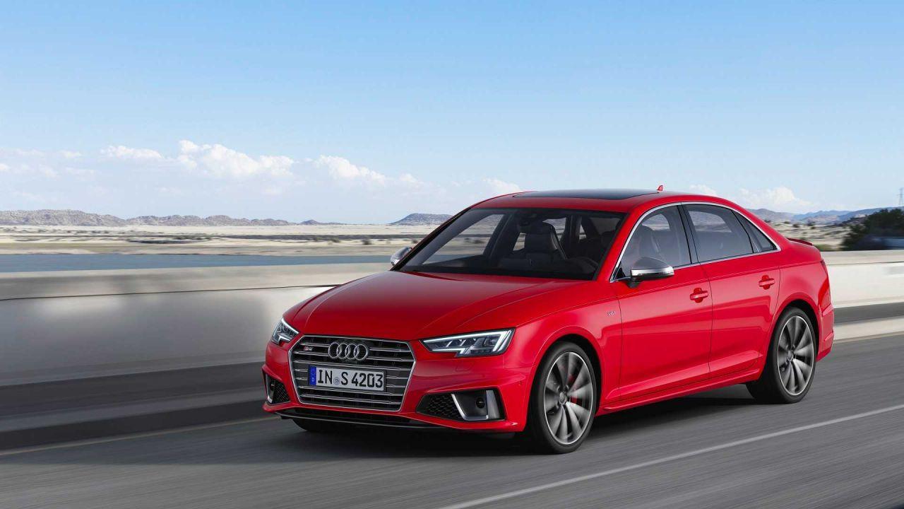 Audi S4 Sedan yeni dizel motor seçeneği ile karşınızda - Page 1