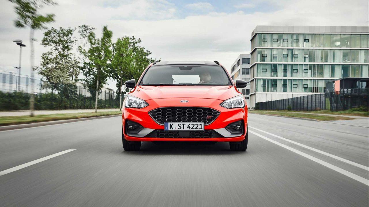 Sportif görünümüyle 2019 Ford Focus  ST Wagon karşınızda - Page 4