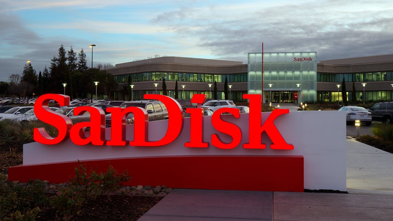 Sandisk'in 1 TB'lık microSDXC kartı tanıtıldı