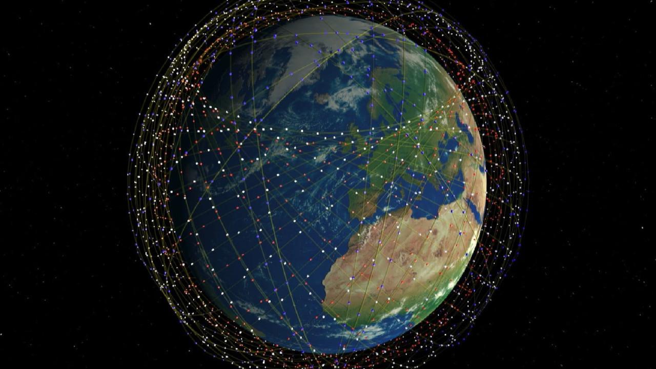 Elon Musk uzaydan internet projesini hayata geçiriyor
