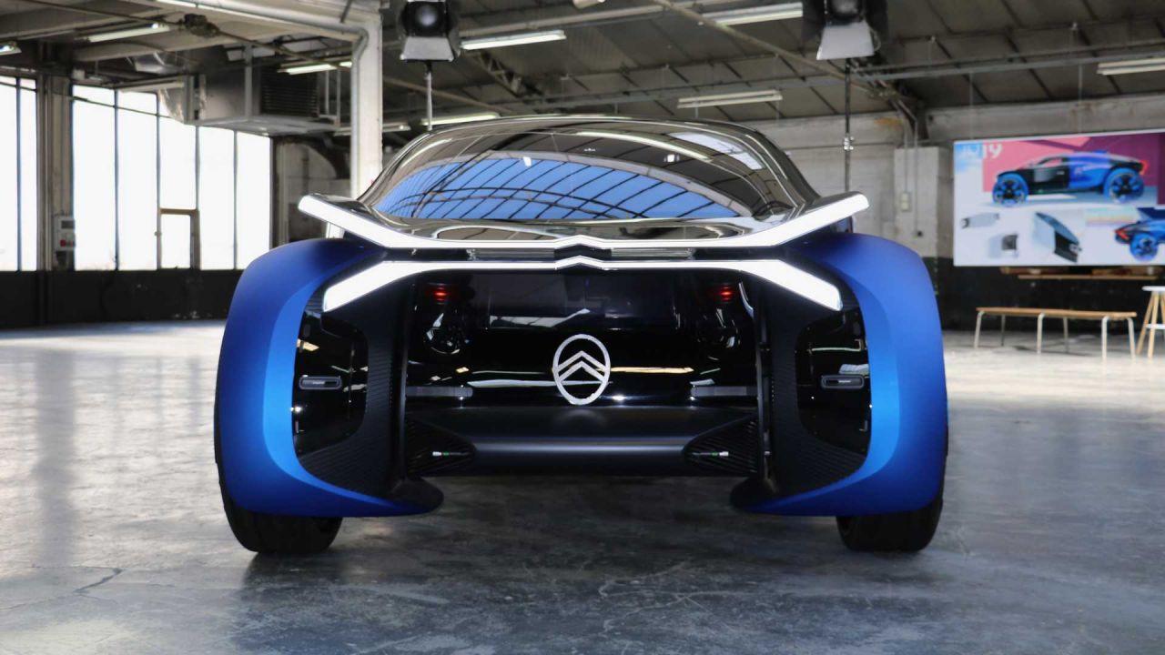 Geleceğin otomobili Citroen 19_19 Concept - Page 2