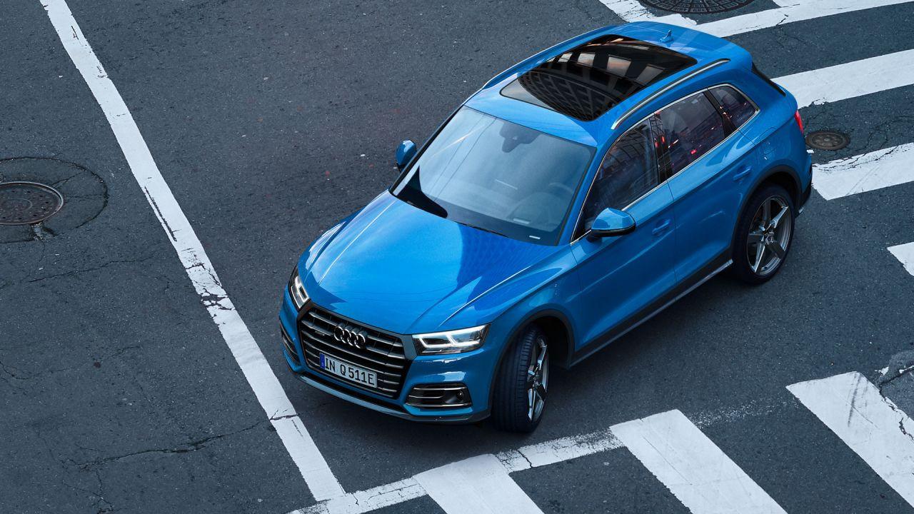 Şarj edilebilir hibrit altyapılı Audi Q5 E Quattro - Page 2