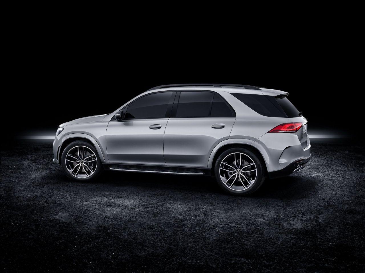 Hibrit ve V8 buluşması; 2020 Mercedes-Benz GLE 580 - Page 2